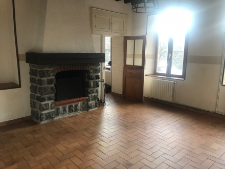 Location Maison 3 pièces Givet (08600) - FROMELENNES